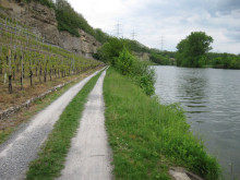 Tour_Bild5_Kalksteinfelsen am Neckar